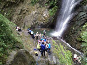 Caminatas ecológicas Caminatas con cascadas