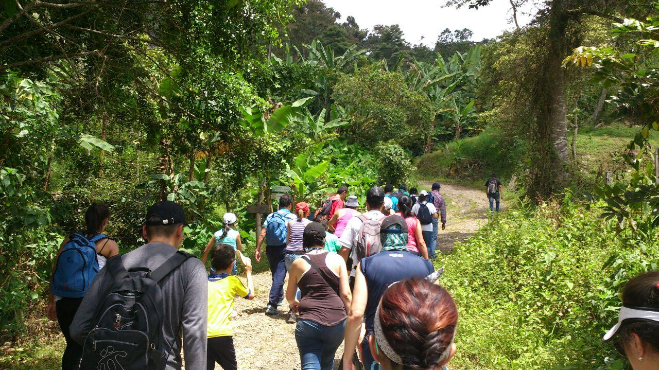 Caminata Tibacuy